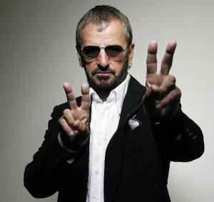 Happy Birthday to you,happy birthday to you,happy birthday dear Ringo:)We all loves you - it's true!:**