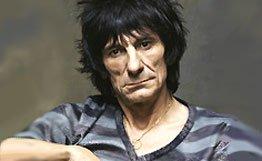 Гитарист Rolling Stones, перешагнув 60-летний рубеж, ушел к русской