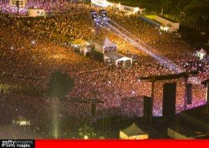 A return to Beatlemania as Macca fans storm through the concert gates
