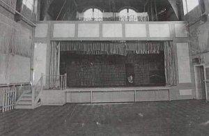 Вот на этой сцене играли  Quarrymen