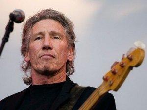 Бывший басист Pink Floyd Роджер Уотерс пошел на уступки еврейским правозащитникам, обвинившим музыканта в антисемитизме, сообщает  New Musical Express .