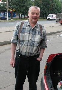 Сегодня в 10 утра умер Саша Строганов.
