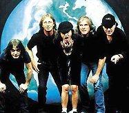Рок-ветераны AC/DC в очередной раз подтвердили свой статус глобальных суперзвезд. Изданный на днях новый концертный DVD команды «Live At River Palace» сходу возглавил чарты 17 стран мира, включая Соединенные Штаты Америки, Великобританию, Германию, Испанию, Австралию, Аргентину, Канаду, Австрию и Италию. На территории одних лишь США релиз разошелся за неделю тиражом 19 тысяч копий.