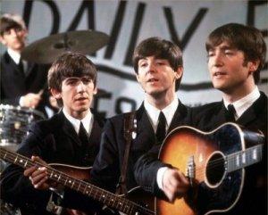 В четверг, 16 января, в парках и на катках Благовещенска будет звучать музыка группы The Beatles, а в библиотеках расскажут о жизни и творчестве легендарной четверки. Так областной центр планирует присоединиться к празднованию всемирного Дня Битлз.