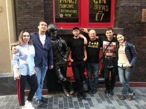 Пока свежи впечатления - расскажу подробнейше про недавнюю поездку нашей группы Father McKenzie на ливерпульский Битлз-фест.