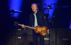 Пол Маккартни может выпустить альбом записей, сделанных во время репетиций и саундчеков, сообщает  NME .  По словам музыканта, он по-прежнему импровизирует на саундчеках: «К счастью, парень из нашей команды, которого зовут Джейми, все отслеживает. И он говорит мне, что у нас тысячи (записей). Некоторые и вправду хороши. Время от времени я выбираю что-то одно и работаю над этим».  Например, одну из записей сэр Пол выбрал для альбома Egypt Station. Основой трека стал рифф с джема на саундчеке. Но композиция так и не была закончена.  Как считает Маккартни, однажды они все-таки могут попробовать собрать какие-то материалы в альбом или еще какой-либо проект.