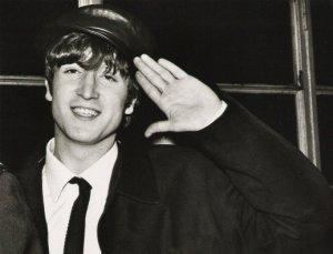 Дорогой Джон! С днем рождения, прекрасный человечище! Ты был как звезда на мировом небосводе, но ты не сгорел как некоторые светила, а так навсегда и остался яркой звездочкой, что греет сердца тех, кто любит тебя. Спасибо тебе, дорогой Джон, за все... Помним, любим и продолжаем слушать твой голос... Твои песни помогают выйти из самого унылого настроения, вдохновляя и помогая обрести силы для жизни...Прослушав сотни разнообразных песен за всю жизнь, пришла к выводу, что ты и Beatles -- лучшее в мире музыки!