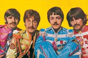 В Ливерпуле представят уникальный проект Sgt Pepper's Lonely Hearts Club Band — The Immersive Experience, сообщает  Liverpool Echo . Это совместный проект Tate Liverpool, National Museums Liverpool и Apple Corps Ltd.  Формат звука — Dolby Atmos. Основой послужили оригинальные пленки Джайлса Мартина.  «Без Ливерпуля не было бы и Sgt Pepper. Ливерпуль — именно здесь он и должен быть», — сказал продюсер. По его словам, получившееся шоу — это своеобразное попадание сквозь винил в битловский мир: «Как будто вы сидите в Студии 2 на Эбби-роуд, и для вас играют Битлз».  Как отметила директор Tate Liverpool Хелен Легг, благодаря новому звуку можно услышать каждый элемент, подчеркивающий, насколько изобретательным был весь альбом.   Заместитель директора Museum of Liverpool Пол Галлахер, со своей стороны, сказал, что Битлз — это ливерпульского ДНК, но редко удается поработать с экспертами из музыкальной индустрии, которые столь тесно связаны с наследием группы.  Sgt Pepper's Lonely Hearts Club Band — The Immersive Experience будут представлять с 19 декабря 2019 года до 9 января 2020 года (кроме 24-26 декабря, 31 декабря и 1 января). Начало сеансов — в 10:00, 11:30, 13:00, 14:30 и 16:00.