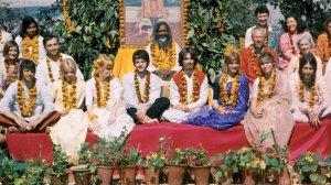 🎉 Разыгрываем 2 пары билетов на российскую премьеру документального фильма The Beatles в Индии в первом зале московского киноцентра Октябрь (понедельник 13 сентября 20:00) 🎉